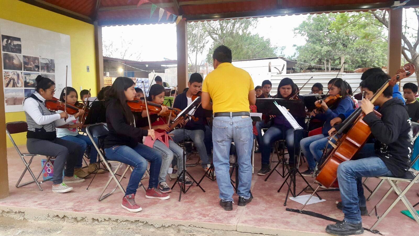 répétition de l'orchestre symphonique de l'école